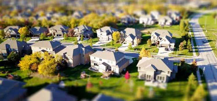 American Houses in a Safe Neighborhood