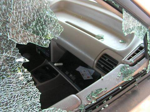 CAR THIEVES TARGET GARAGES TO STEAL AND ROB FROM CARS
