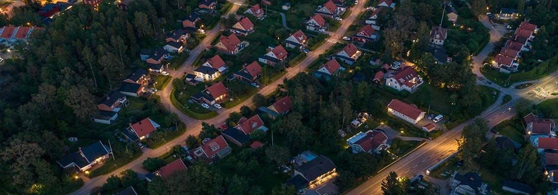 Do Lights Deter Burglars? | ProtectYourHome.com