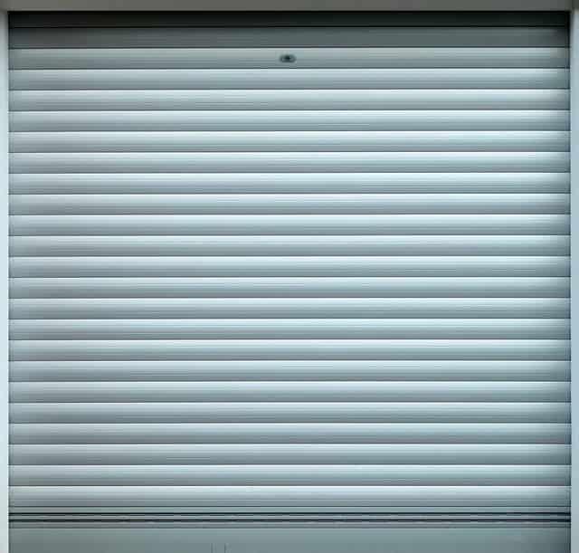 Garage doors|How to discover a respectable garage door dealership