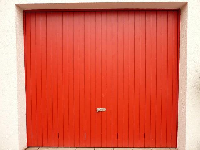 Garage door openers | Reasons to change your old door opener