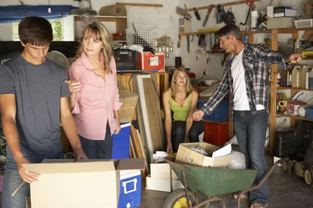 Spring-Cleaning in the South | Garage Door Doctor
