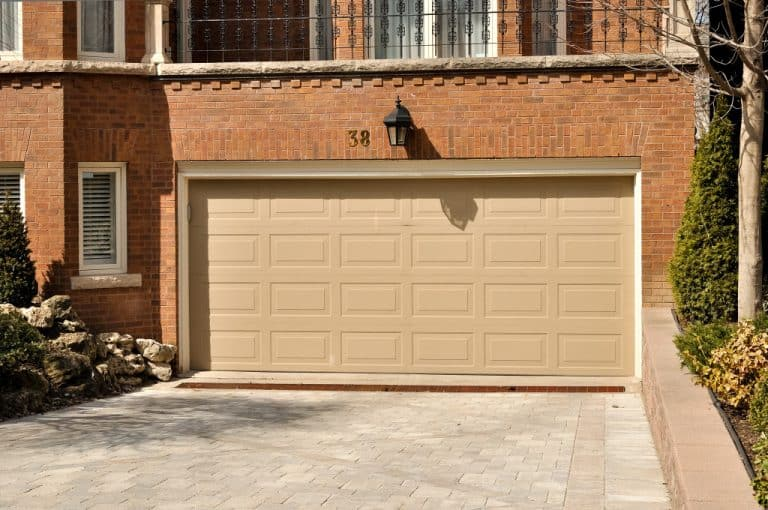 Everything About Garage Doors|Garage Door Physician