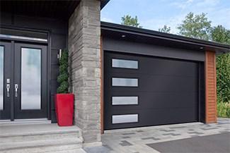 Standard+ Flush, 14' x 8', Black, window layout: Left-side Harmony Soft glass
