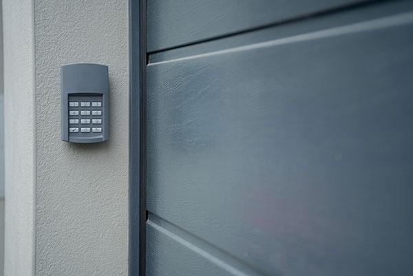 keypad prevents from getting your garage door hacked