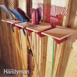 DIY Wooden Shovel Rack