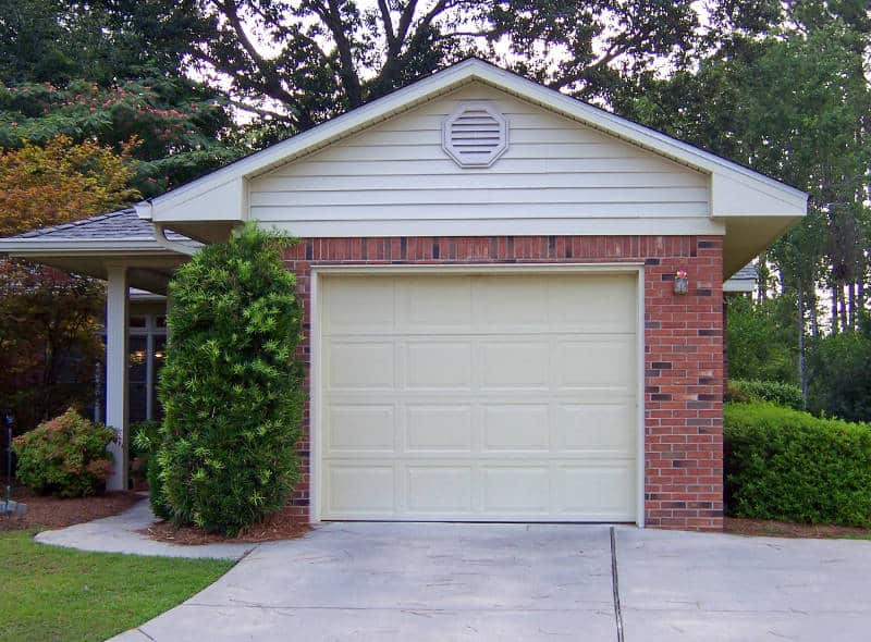 how to keep your garage cool